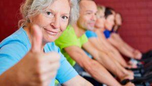 Артроз коленного сустава: эффективные упражнения для пожилых людей